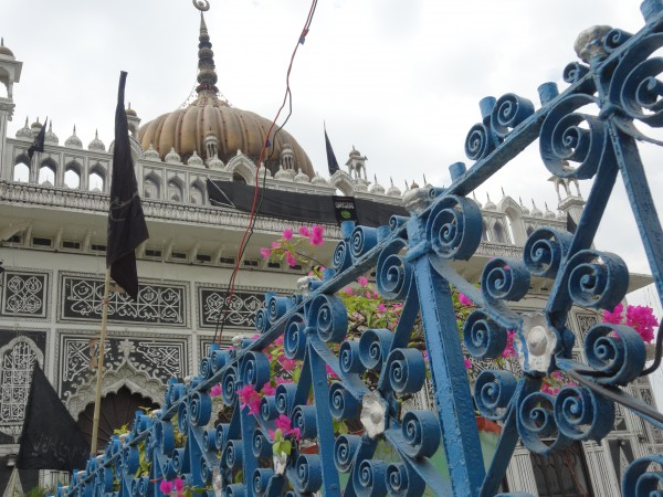 1_lucknow_monument1