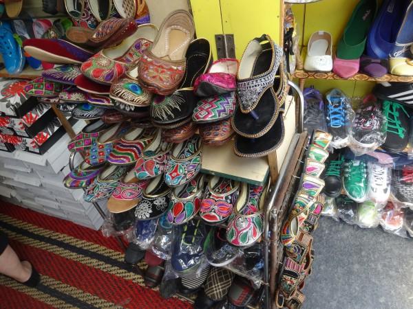 3_shimla_market_shoes